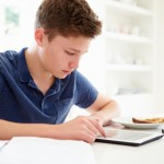 Teens With Cystic Fibrosis, Other Chronic Diseases Adapt To their Condition Easier Into Adulthood With Technology