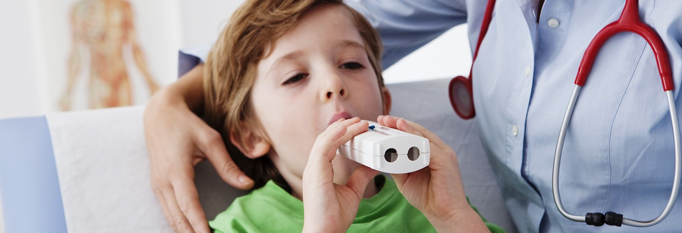PEP Devices Can Help Reduce CF Pulmonary Flare-ups, Review Finds
